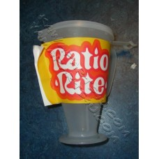 Ratio rite glass for making oil/petrol mix with lid [59-0548 + 5